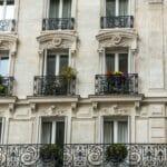 ParisWindow_35503132-560