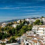 Spanish white houses
